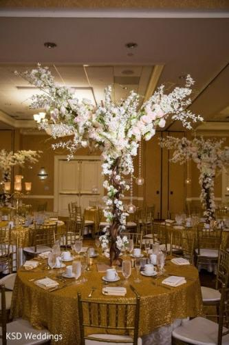 priya tree centerpiece